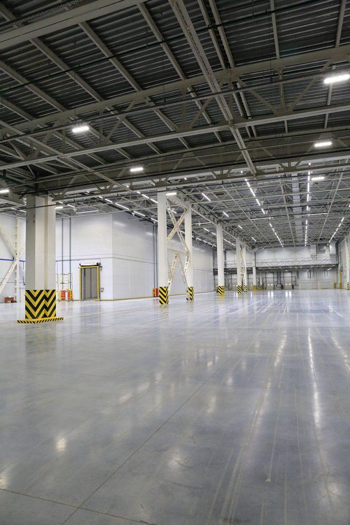 Warehousing-&-Distribution